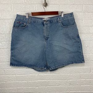Tommy Hilfiger denim boyfriend shorts